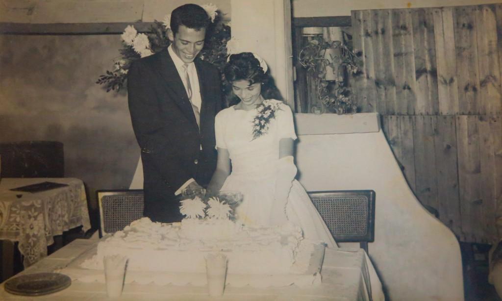Al fondo del solar, Maria Eugenia, hija de Alfredo y Amparo, celebra su boda con Miguel (Foto: Mónica Baró)