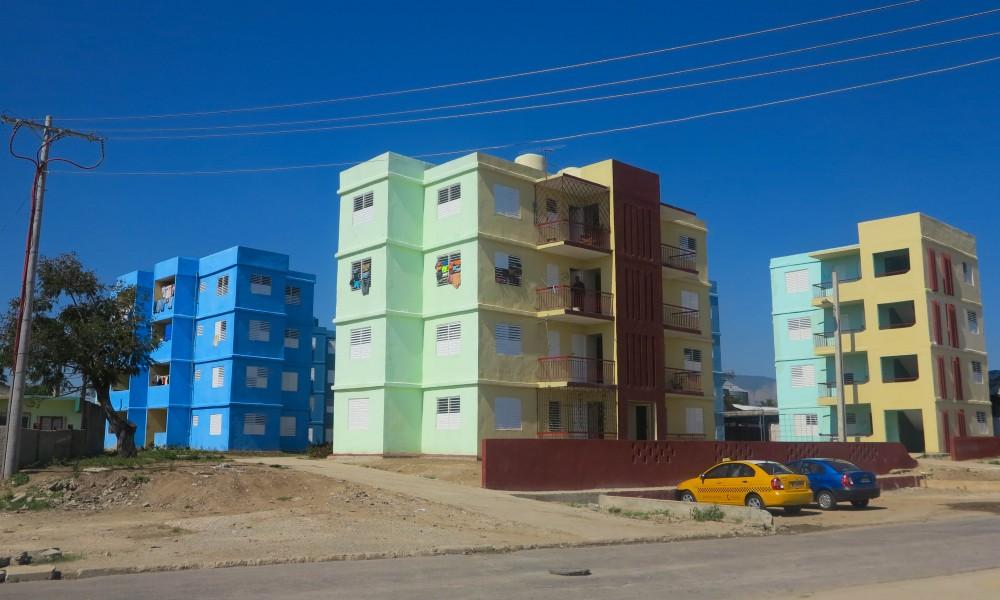 Casi ningún edificio construido en Santiago supera los cinco pisos (Foto: Mónica Baró)