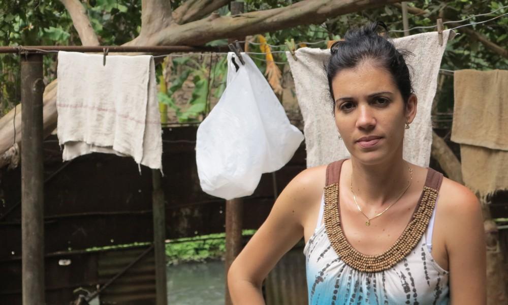 Yainet lleva 27 años viviendo al lado del Quibú (Foto: Geisy Guia)